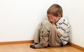 Детский стресс: причины и проявления в раннем возрасте