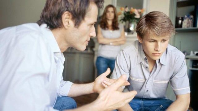 Взрослые часто критично относятся к неудачам детей