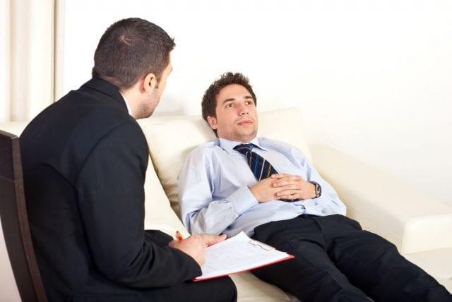 Сеанс психотерапии для лечения гинофобии