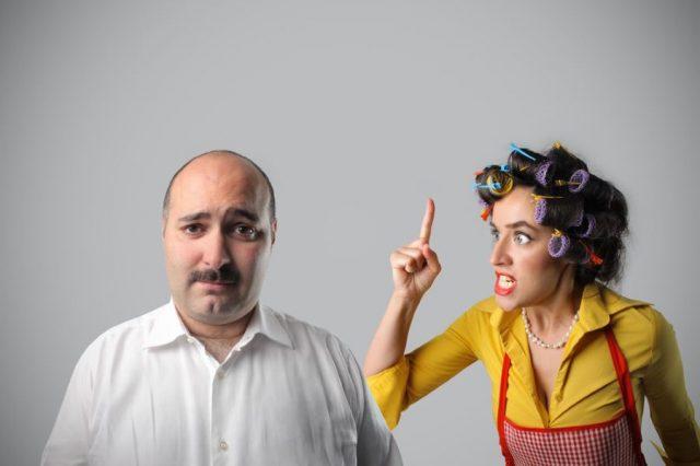 Муж подчиняется властной жене