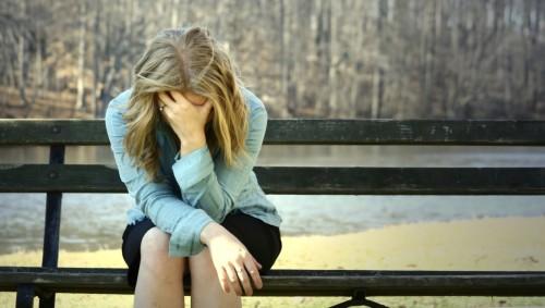 Депрессия развивается из затяжного стресса