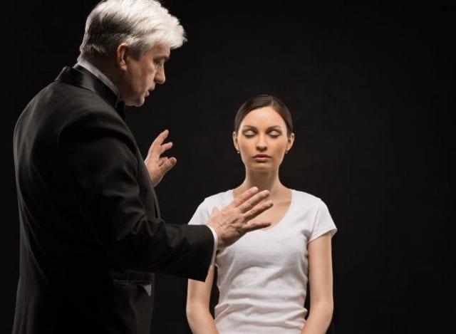 Лечение фобий с помощью гипноза