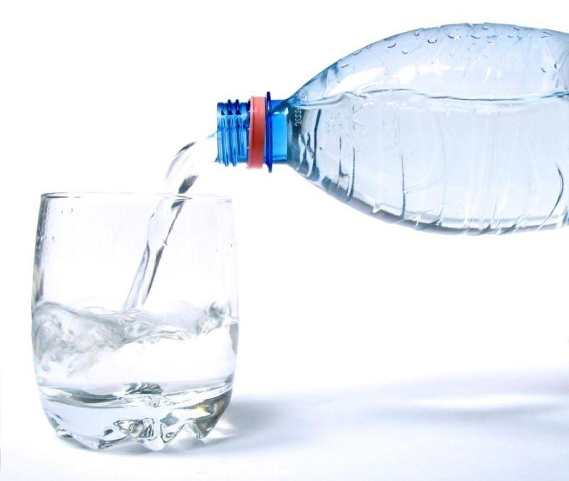 Чистая холодная вода поможет снять напряжение